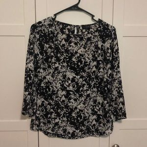 The Limited black and white pattern blouse